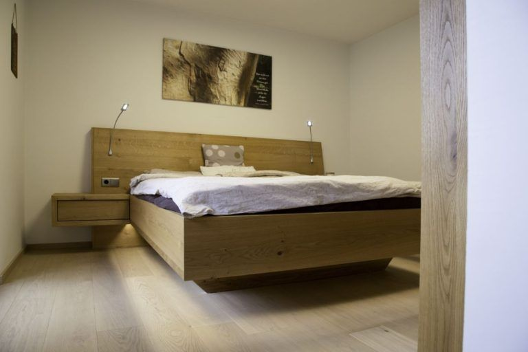 002 Schlafzimmer
