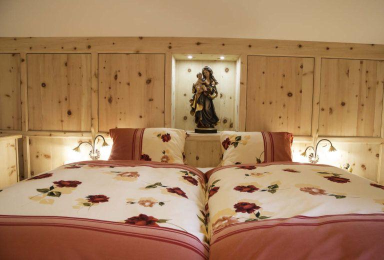 011 Schlafzimmer