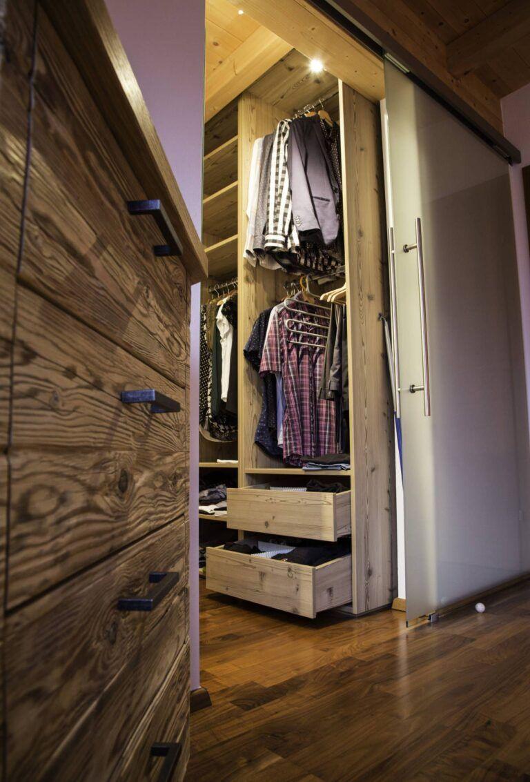 Schlafzimmer 012