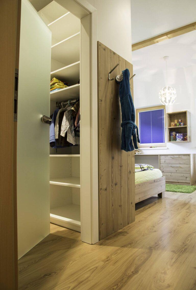 Schlafzimmer 022